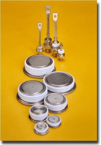 diodes de puissance powerex sur fond jaune